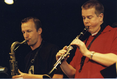 Ken Vandermark och Mats Gustafsson, två av Nya Perspektivs starkaste profiler. Foto: Gunnar Holmberg
