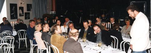 Lennart Nilsson hälsar välkommen till ett möte på Village med Svenska Jazzakademien. Foto: Gunnar Holmberg