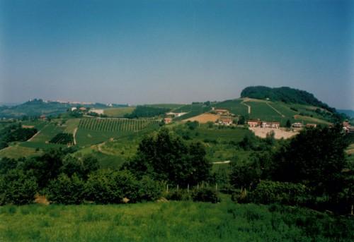Utsikt från byn Monforte d'Alba. Foto: Gunnel Arvidson Nilsson